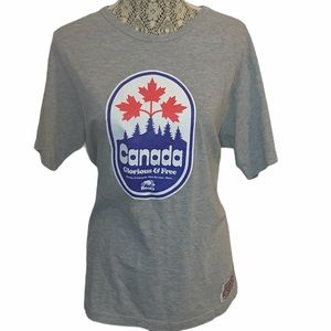 3/$30 Roots Canada Graphic Maple Leaf Tee Large